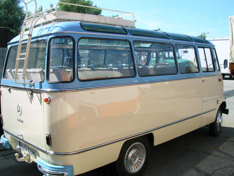 Mercedes benz 0319 panorama all conference vintage for Mercedes benz 319 bus for sale